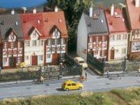 NOCH HO Scale Residential Fence 84cm # N13100